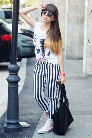 black New Yorker bag - light pink Zara sneakers - H&M pants