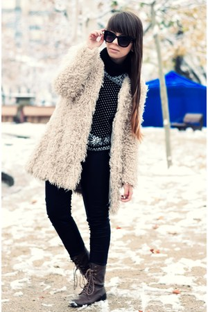 off white Zara coat - dark brown Bershka boots - black Pimkie sweater