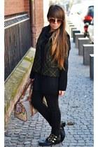 black pull&bear boots - H&M sunglasses