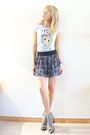 Blue-oysho-t-shirt-gray-mango-skirt-silver-local-store-shoes