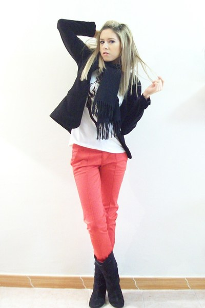 red BERSKA pants - white Berhska blouse - black Oscar de la Renta scarf
