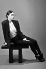 White-massimo-dutti-vest-black-hb-suit-black-zara-heels