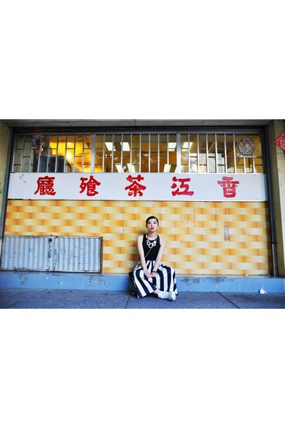 black H&M vest - Monki pants - white Converse sneakers