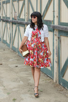 red vintage dress - camel vintage bag - red DKNY sunglasses - white vintage cape