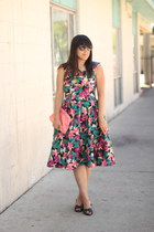 hot pink vintage dress - bubble gum vintage accessories