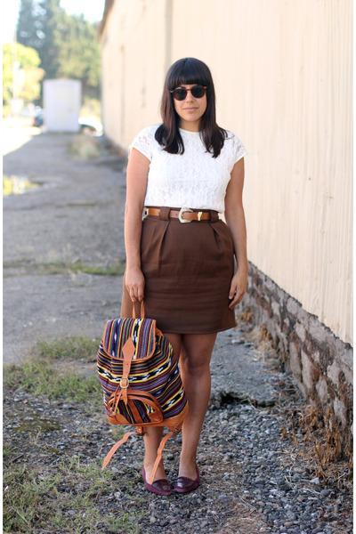 maroon vintage flats - ivory handmade bag - off white vintage blouse