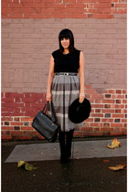 gray vintage skirt - black vintage hat - black vintage bag