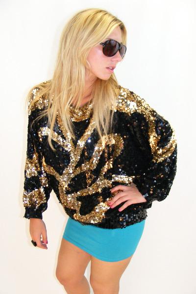 black vintage top - blue H&M skirt - black vintage sunglasses