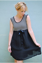 Black-60s-mod-vintage-dress