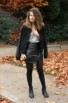 black faux leather Chicwish skirt - black H&M boots - black bomber Pimkie jacket