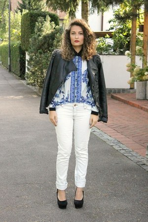 blue aupie shirt - ivory Jennifer jeans - black studded Alcott jacket