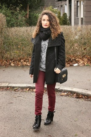 black Chicwish boots - dark gray Ovs Industry coat - black Forever 21 bag