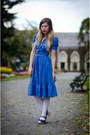 Blue-thrifted-vintage-dress-white-opaque-asos-tights