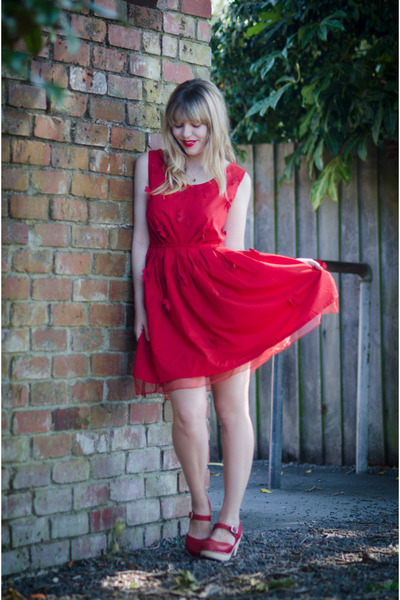 red bow pepa loves dress - red clogs Lotta from Stockholm clogs