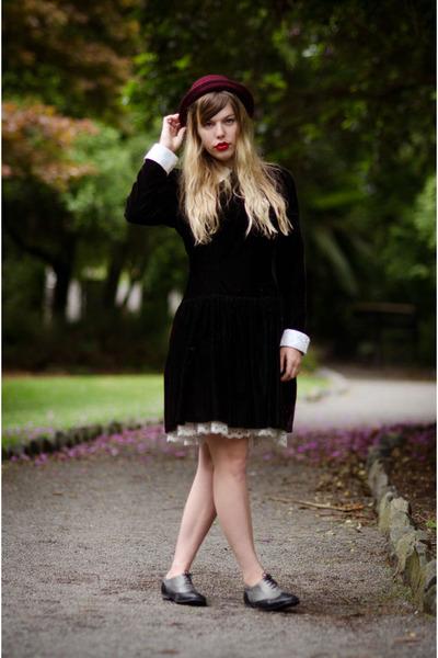 black vintage velvet vollar dress dress - maroon Vintage Plum Bowler Hat hat