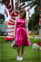 hot pink vintage dress - beige mybagcouk bag - silver modcloth flats