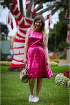 hot pink vintage dress - beige mybagcouk bag - silver modcloth flats