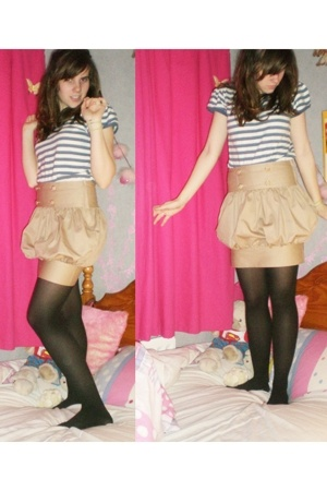 next t-shirt - Primark skirt