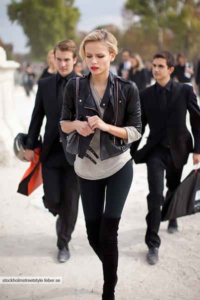 gray Chanel purse - black