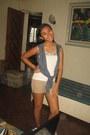 Ambercrombie-shorts-meg-blouse-ambercrombie-vest