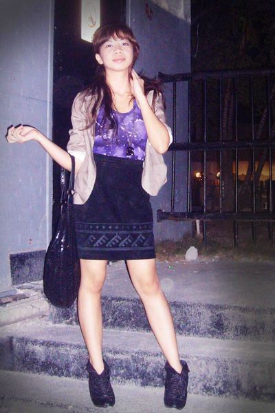 purple top - black vintage skirt - black want shoes - beige Gingersnaps