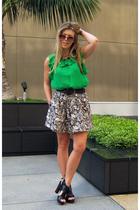 green Miguelina giltcom blouse - black Pour La Victoire shoes