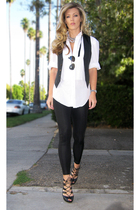 black shiny leggings American Apparel leggings - white vintage shirt - black