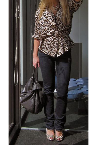 vintage blouse - J Brand jeans - vintage belt - Marc by Marc Jacobs necklace - M
