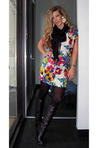 Walter dress - Dolce Vita boots - Pashmina scarf - vintage earrings