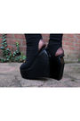 Beige-vintage-top-black-jeffrey-cambell-shoes-black-cheap-store-zeeman-stock