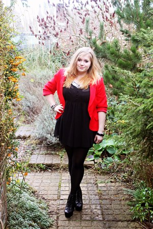 Precis blazer - sheer Papaya Matalan dress - tights - Faux Litas heels
