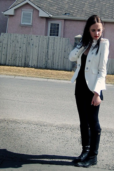 white Zara blazer