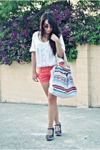 BLANCO bag - Pull & Bear shorts - Carolina Boix wedges - Mango blouse