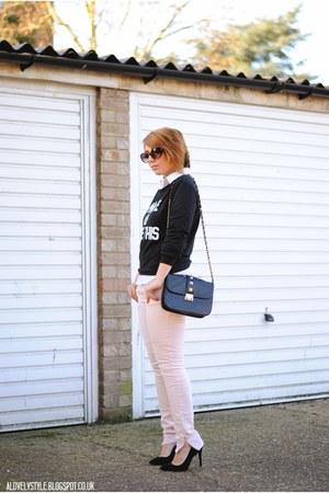 Primark jeans - OASAP sweater - Dunnes bag - Primark heels - Dunnes blouse