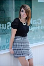 Lulus skirt - vjstyle necklace - Atmosphere top - Marypaz heels