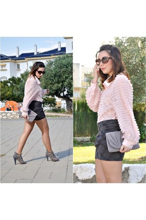 Pull & Bear skirt - Dorothy Perkins bag - Marypaz heels - OASAP blouse