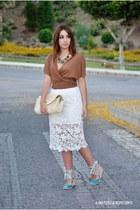 romwe skirt - Xaro sastre bag - Marypaz wedges - Zendra vest