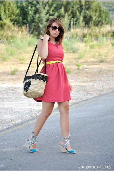 kling dress - Dragona Fly bag - Vateno belt - Marypaz wedges