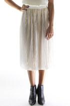 Shine on me pleat skirt