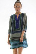 Off the radar dress - green