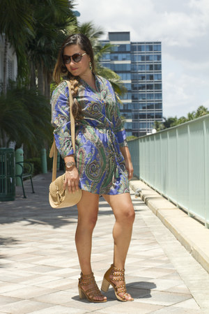 blue tunic Love Shopping Miami dress - camel crossbody Love Shopping Miami bag