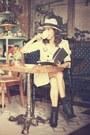Black-margiela-boots-camel-zara-coat-beige-zara-hat