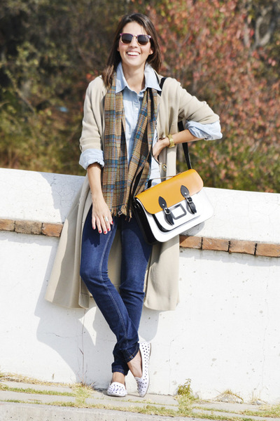 camel vintage coat - navy Zara jeans - periwinkle Zara shirt