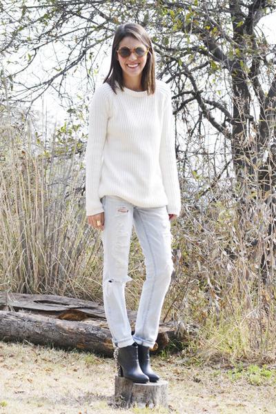 black Zara boots - periwinkle American Eagle jeans - white Zara sweater