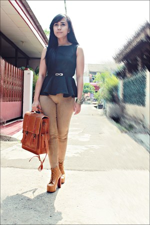 black pelpum top - tawny boots - camel Zara leggings - tawny bag