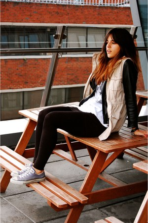 white Zara t-shirt - black Zara jacket - black H&M leggings - camel H&M vest