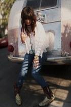 cowboy vintage boots - blue skinny leg Joes Jeans jeans
