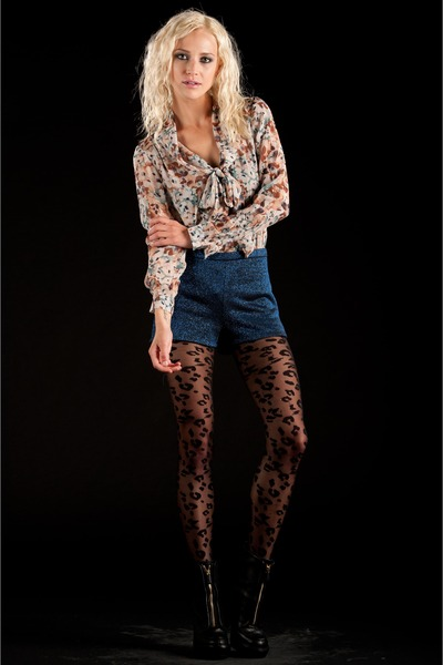 spring florals lucca couture top