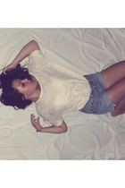 white H&M blouse - blue Levis shorts