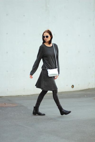 gray Monki skirt - veromoda vest
